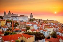 Новости рынка → Португалия не рассматривает заявки на «золотые визы» до 1 июля