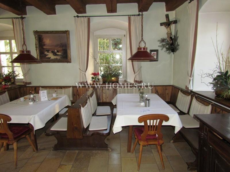 Уютный  замок-отель