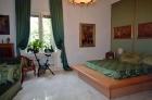 Прекрасная квартира в Риме