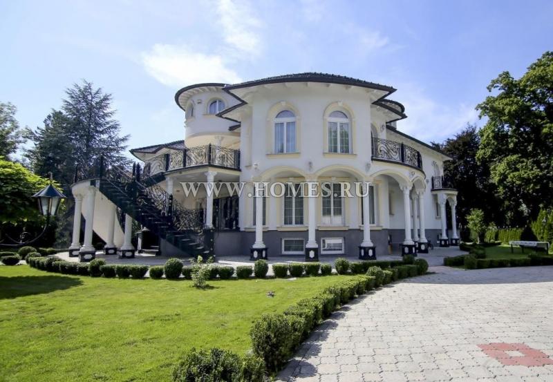 Прекрасная просторная вилла в Вене
