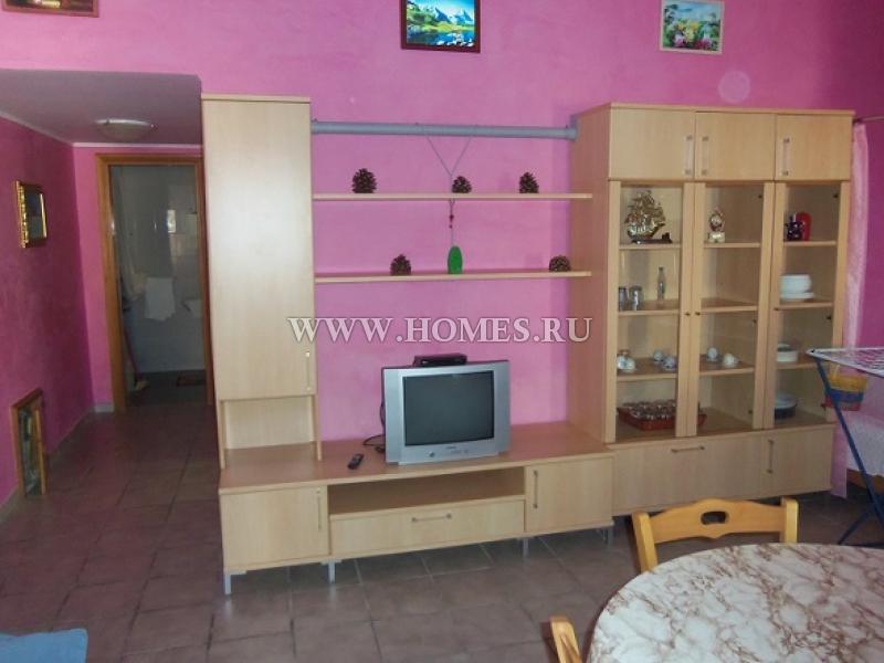 Бриатико, апартамент в центре курортного городка