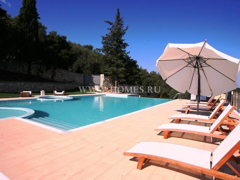 Прекрасная вилла в Агиос Стефанос, Корфу