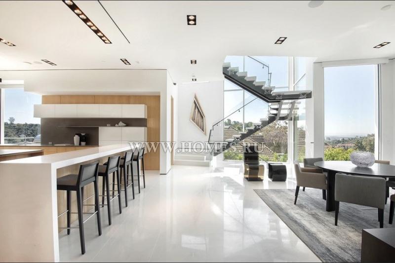 Прекрасный дом в Лос-Анджелесе