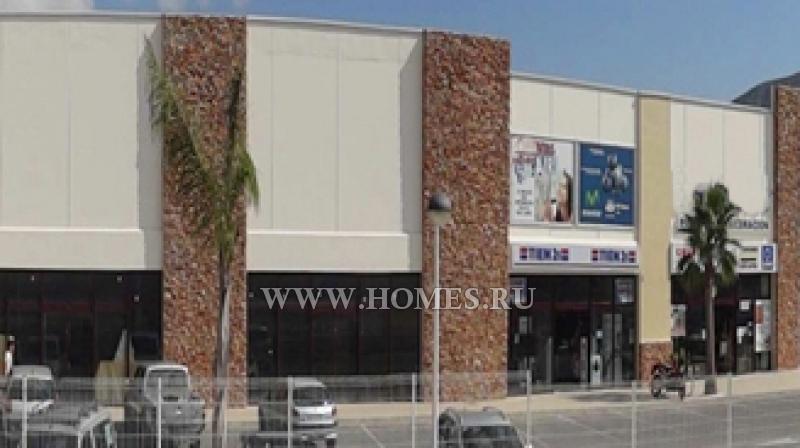 Торговый центр в Морайре