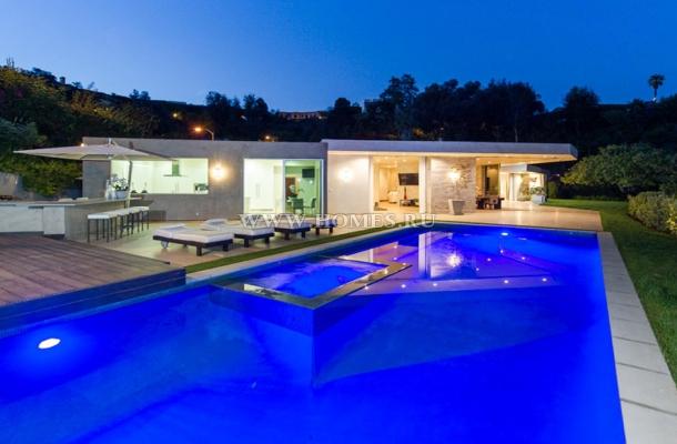 Современный особняк в Калифорнии