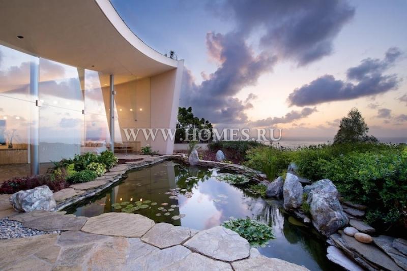 Замечательный особняк с видом на океан в Ла-Холье