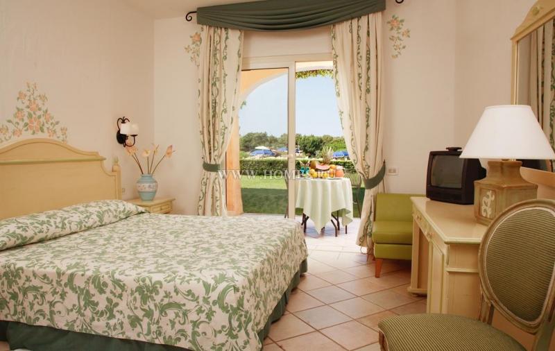 Великолепный отель на Сардинии