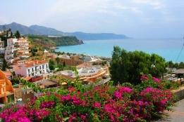 Новости рынка → Прибрежная Испания привлекает иностранных покупателей