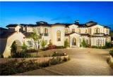 Красивый особняк в Калифорнии