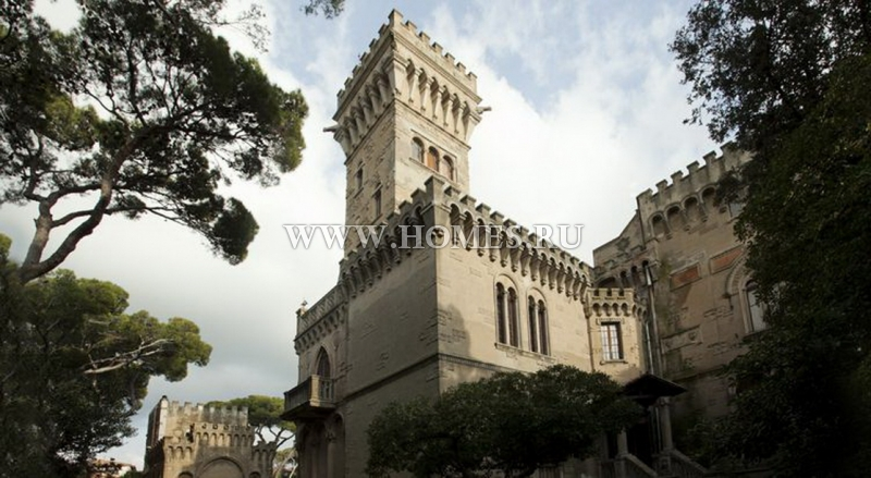 Роскошный замок в Ливорно