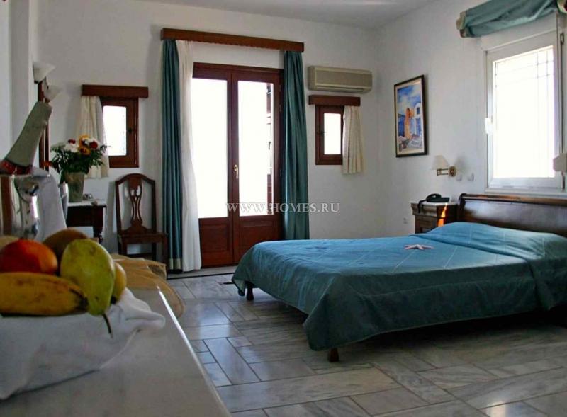 Удивительный отель на о. Санторини