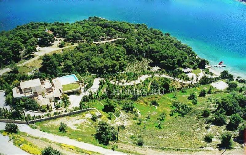 Современный дом в Греции