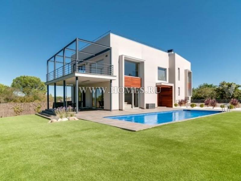 Современный дом в Испании
