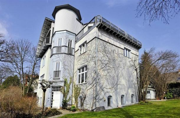 Замечательный дом в пригороде Берлина