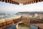 Монако, апартамент с роскошной меблировкой