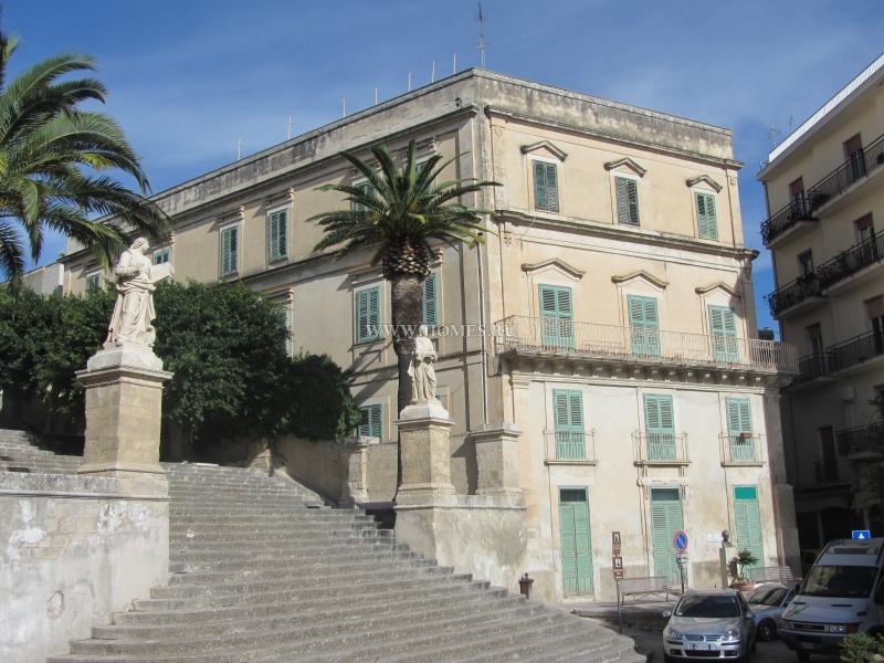 Симпатичный дом на Сицилии