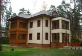 Трехэтажный дом в Юрмале