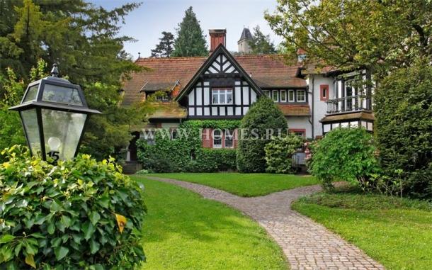 Чудесный семейный дом в Кронберге, Гессен
