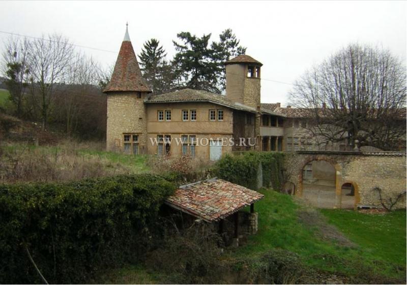 Замок Шато-де-ла-Фонтен во Франции