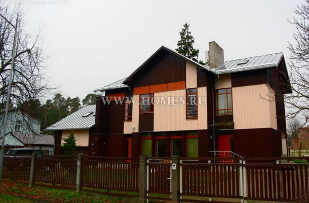 Замечательный дом в спокойном районе Юрмалы