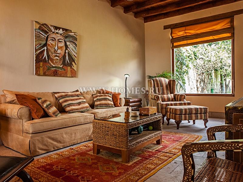Вилла в тосканском стиле в Чапале, Мексика