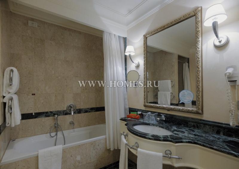 Красивый отель во Флоренции