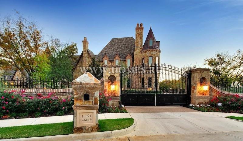 Сказочный замок в штате Техас