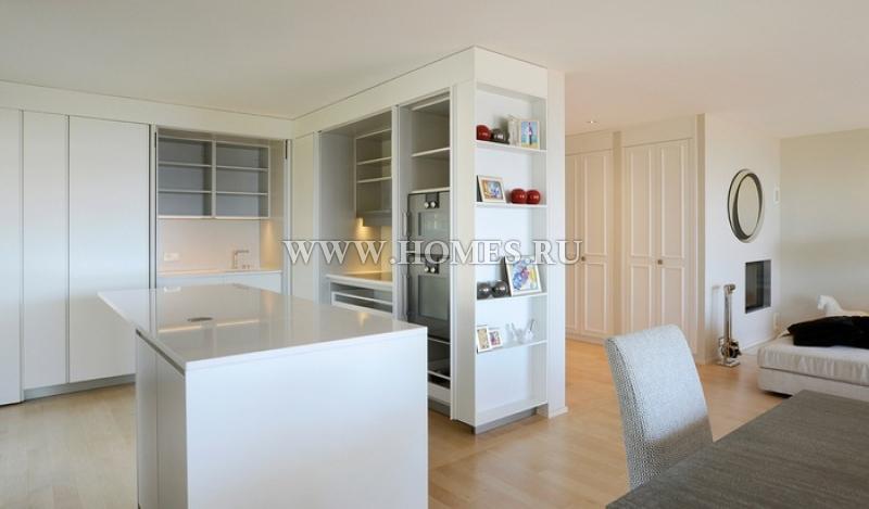 Элегантная квартира в пригороде Лозанны