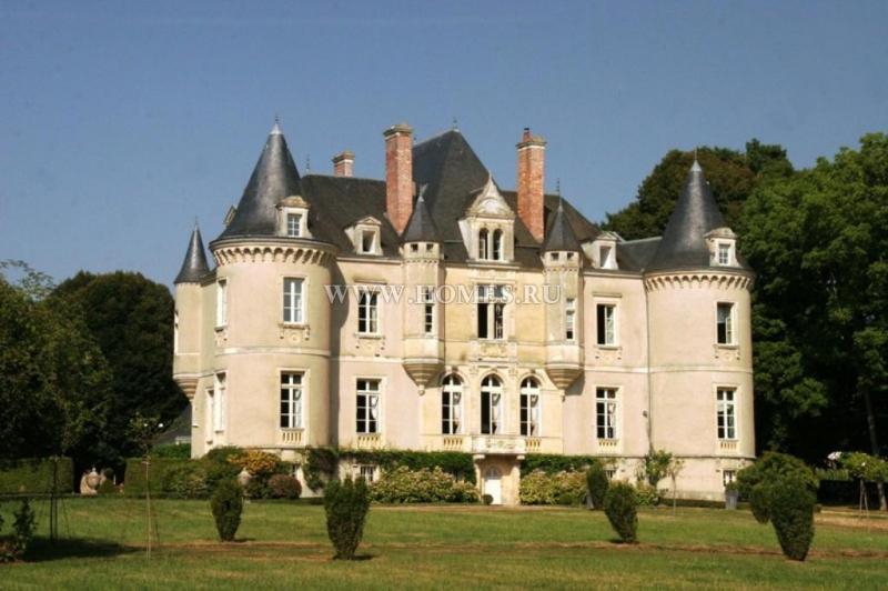 Элегантный замок 19-го века в Сарте