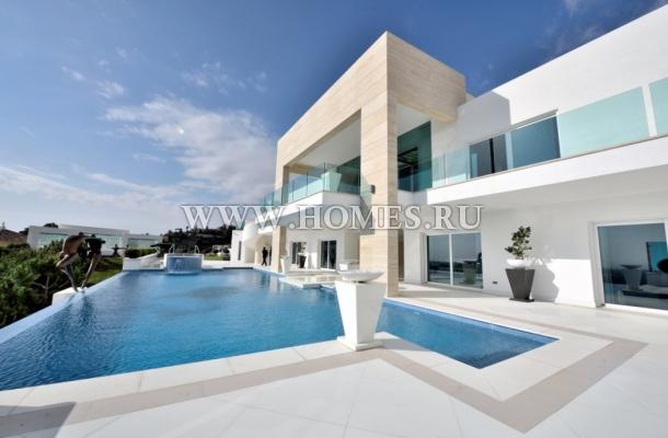 Потрясающий дом в Бенаависе
