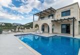 Роскошная каменная вилла на Крите