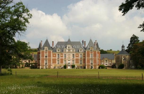 Роскошный замок в долине Луары, Франция