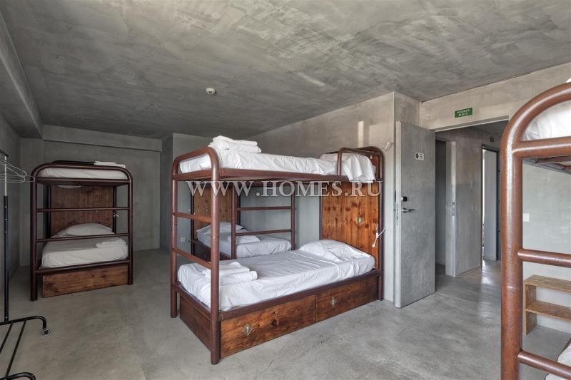 Шикарный хостел в городе Сантарен