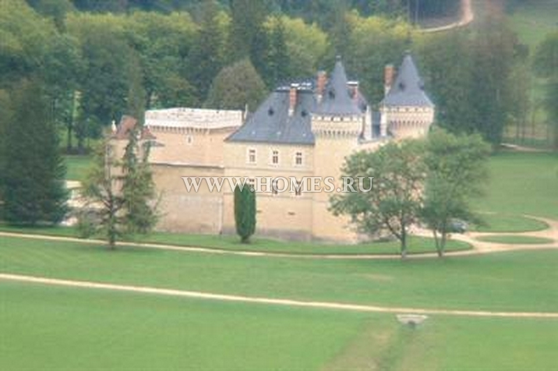 Уникальный замок во Франции