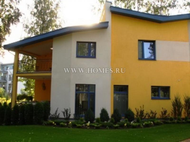 Роскошный дом в Риге