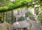 Замечательный особняк в Париже