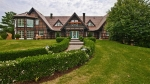 Замечательный дом неподалеку от Этрингена