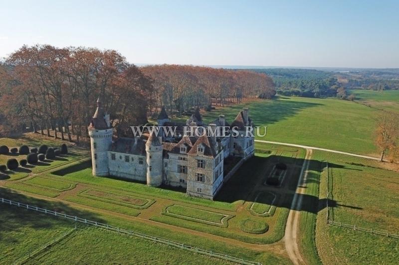 Исторический замок в Ло и Гаронна