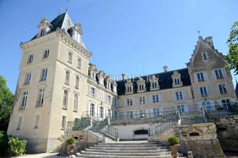 Великолепный замок в самом сердце Долины Луары