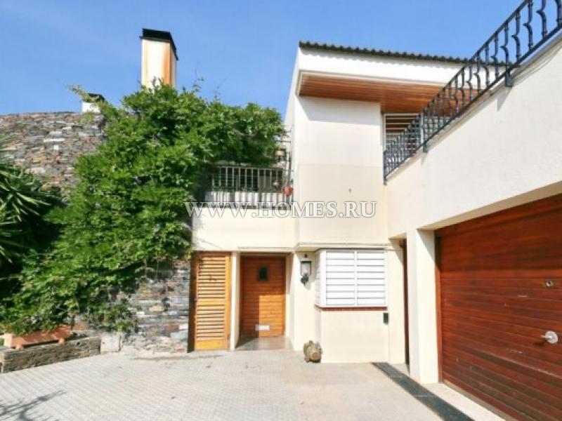 Великолепный дом в прибрежном городе Розес