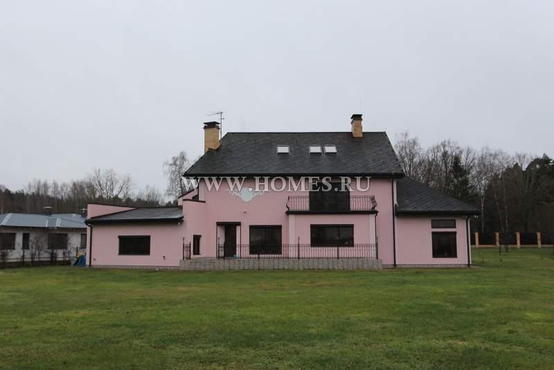 Чудесный дом в Пиньки, Латвия