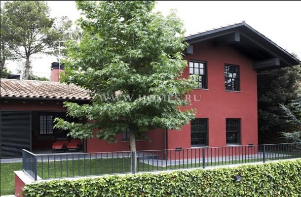 Красивый дом в районе Сан-Кугат-дель-Вальес