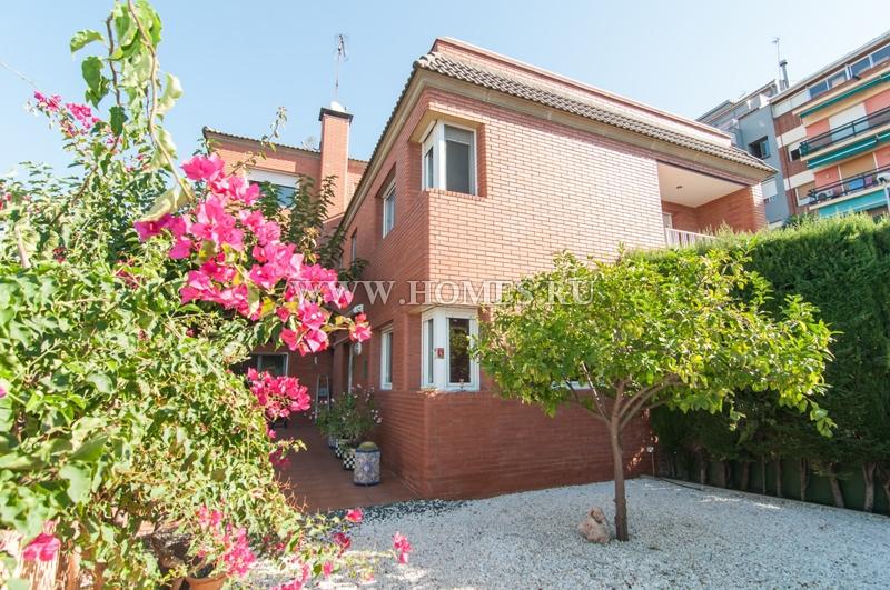 Великолепный дом в городе Эсплугес-де-Льобрегат
