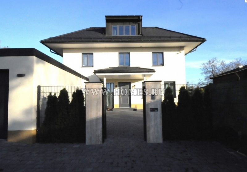 Просторный дом в Фельдафинге