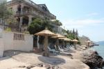 Красивая каменная вилла в Тивате