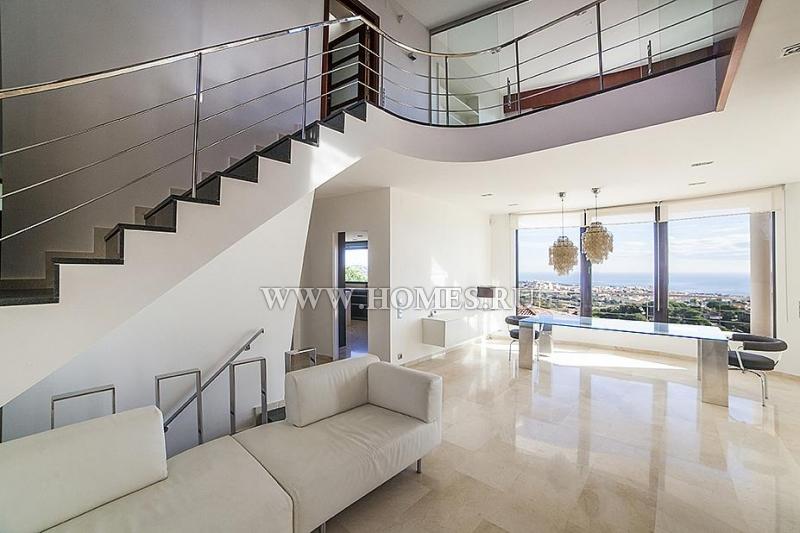 Стильный дом в городе Алелья