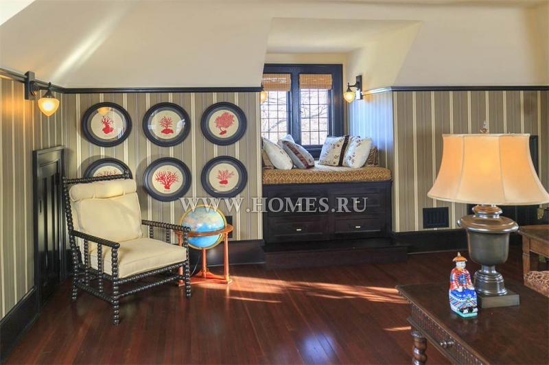Роскошный особняк в городе Виктория