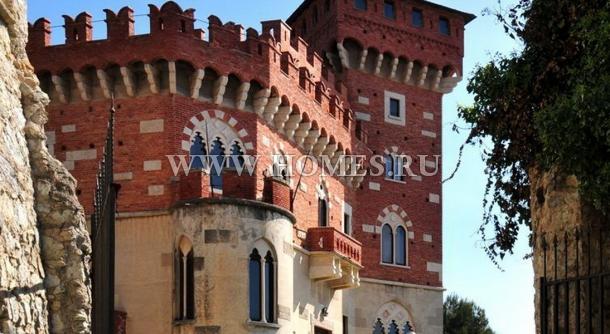 Великолепный замок в Западной Лигурии