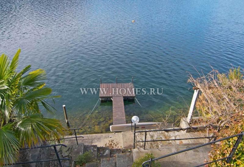 Превосходная вилла на берегу озера Лугано