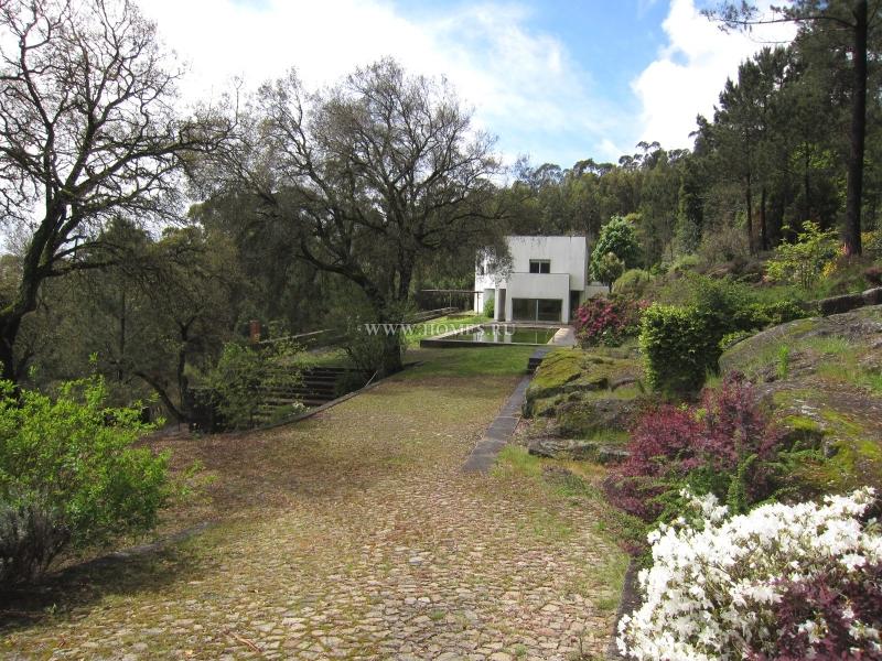 Прекрасный дом в Вила-Нова-ди-Фамаликан, Португалия